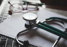Saiba como fica a mensalidade dos planos de saúde com a suspensão de reajuste